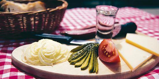 Restaurant-Zvieriplaettli_big