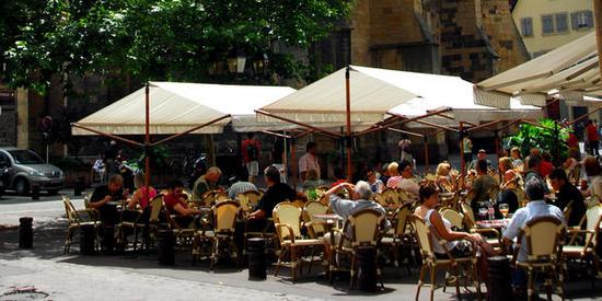 place-de-la-cathedrale-07-P.Bogner_big